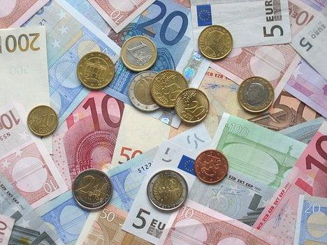 europe salary